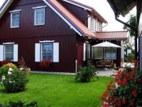 Mini hotel in Nida VANDEJA with a private yard